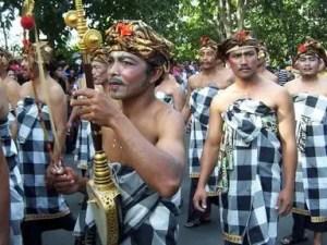 Penjelasan tentang Saput Poleng Bali