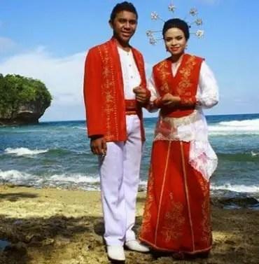 Pakaian Adat Maluku