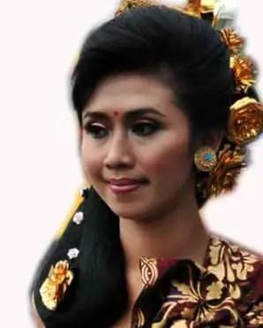 Info Tentang Sanggul Bali Dan Maknanya