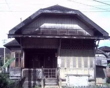 5 Rumah Adat Kalimantan Selatan Gambar Keunikan Dan Penjelasannya
