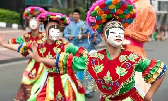 Tarian Adat Tradisional Jawa Barat Yang perlu diketahui