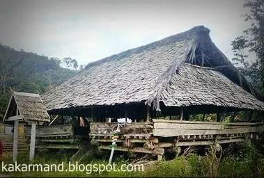 Rumah Adat Tradisional Lobo dan Keterangannya