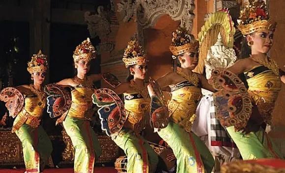 Artikel tentang Tari Kupu-Kupu Bali dan Penjelasannya