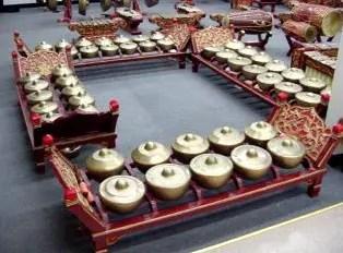 Artikel tentang alat musik harmonis Bonang dan penjelasannya
