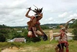 Uraian tentang Tari Kinyah Uut Danum Kalimantan Barat dan Keunikannya