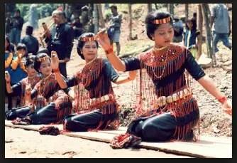 Aneka informasi Tari Pa'Pangngan Ciri Khas Sulawesi Selatan dan Asal Daerahnya