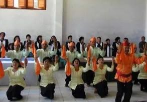 Info mengenai Tari Mane'e khas Sulawesi Utara dan Penjelasannya