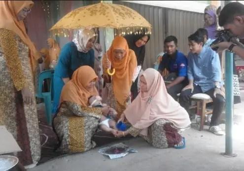 Info tentang Upacara Peutron Aneuk Aceh yang unik