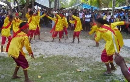Penjelasan mengenai Tari Mokosambe Sulawesi Utara yang unik