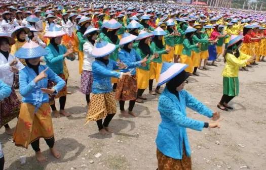 Uraian tentang Tari Pamonte khas Sulawesi Tengah dan Sejarahnya