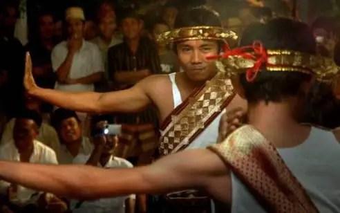 Uraian terkait dengan Upacara Ngambabekha Lampung dan Ciri Khasnya