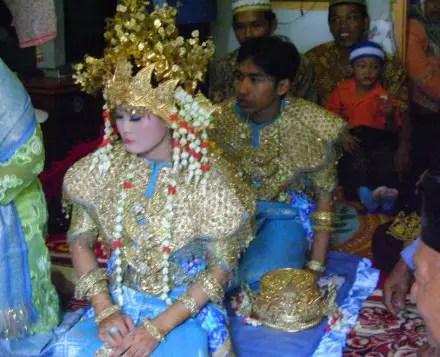 Review tentang upacara Menyengguk Sumatera Selatan yang unik sekali
