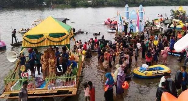Ulasan mengenai Upacara Balimau Kasai Riau dan Sejarahnya