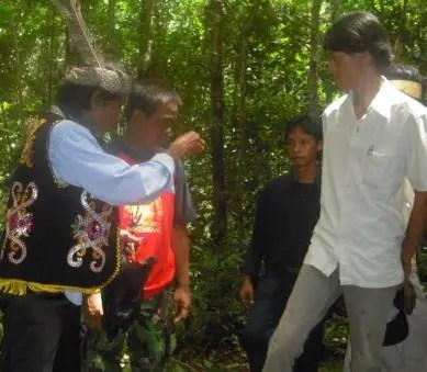 Review terkait Upacara Adat Buah Kalimantan Barat dan Keterangannya