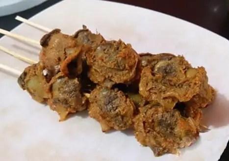 Ulasan terkait Makanan Sate Kerang Khas Sumatera Utara yang ebak