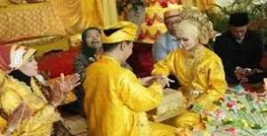 Uraian tentang Tradisi Perkawinan Adat Melayu yang khas