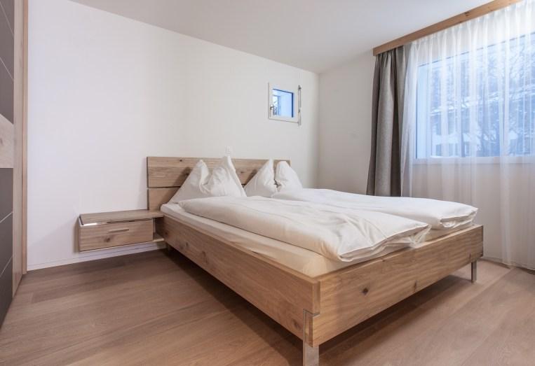 Elternschlafzimmer Wohnung Sils Maria, Engadin