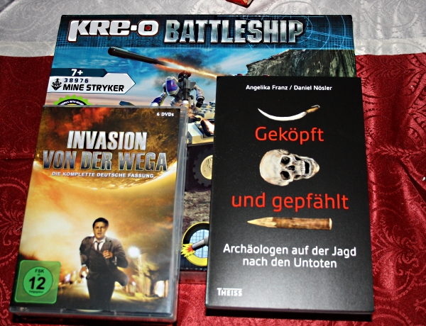 Kre-O Bausatz, Serie auf DVD, Buch