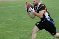 Daniel Eberhardt (#44) sorgte für den ersten Flag Football Touchdown, den das Ü15 Team der Silver Arrows erzielte. Weitere folgten.