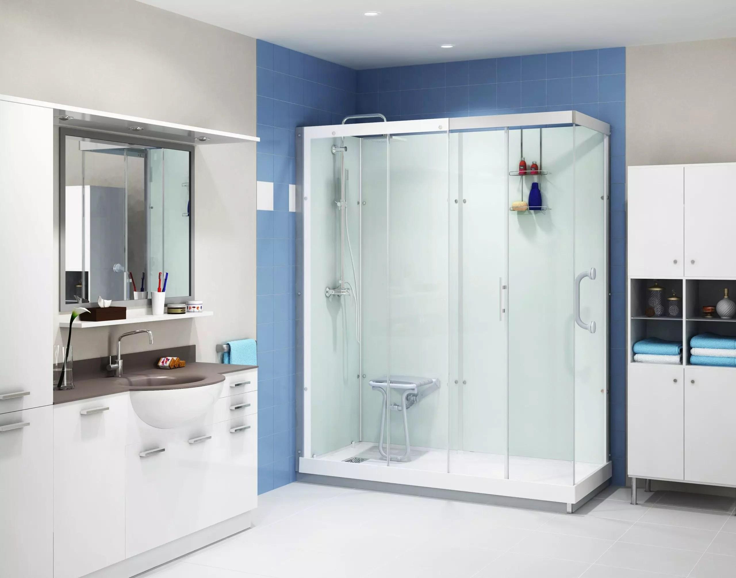 une cabine de douche adaptee aux seniors qui s installe facilement
