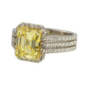Silverhorn yellow diamond ring