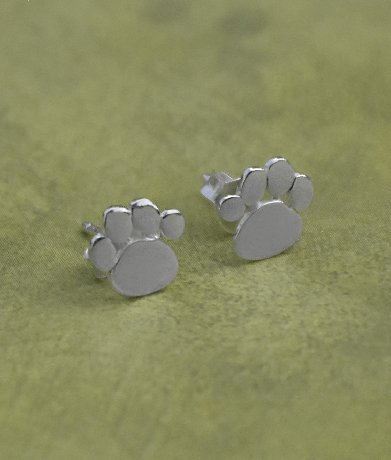 Paw Print Earrings Silver Linings Cat and paws print illustration, american shorthair claw black and white illustration, cat paw prints, white, animals png. paw print earrings