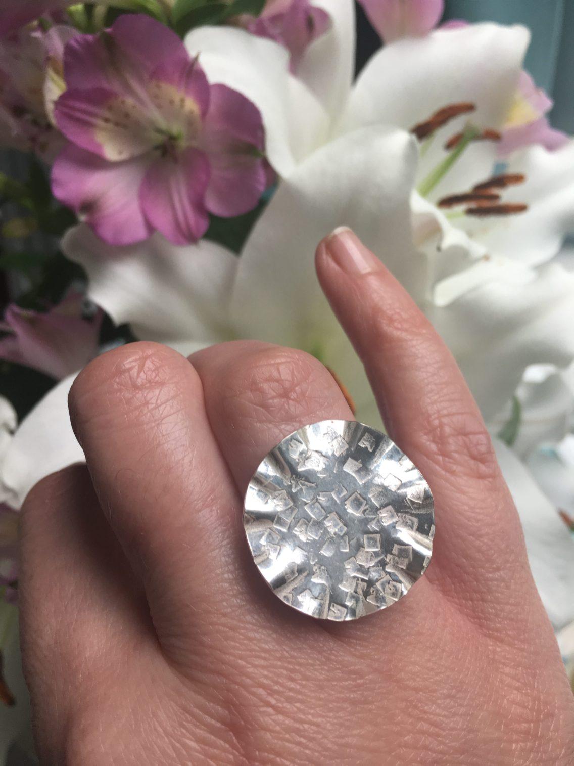hammered circle ring 4