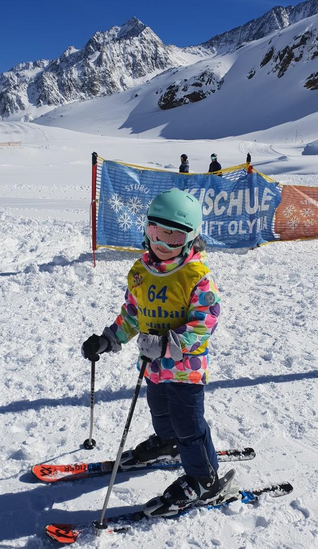 Narty z dziećmi - szkółka narciarska w Alpach