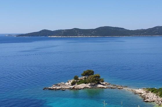 Chorwacja z dziećmi: gdzie spokojne miejscówki na rodzinne wakacje?