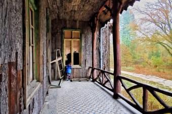 Mur Berliński w polu, Korkowy Pałac w lesie… – tego jeszcze nie widzieliście
