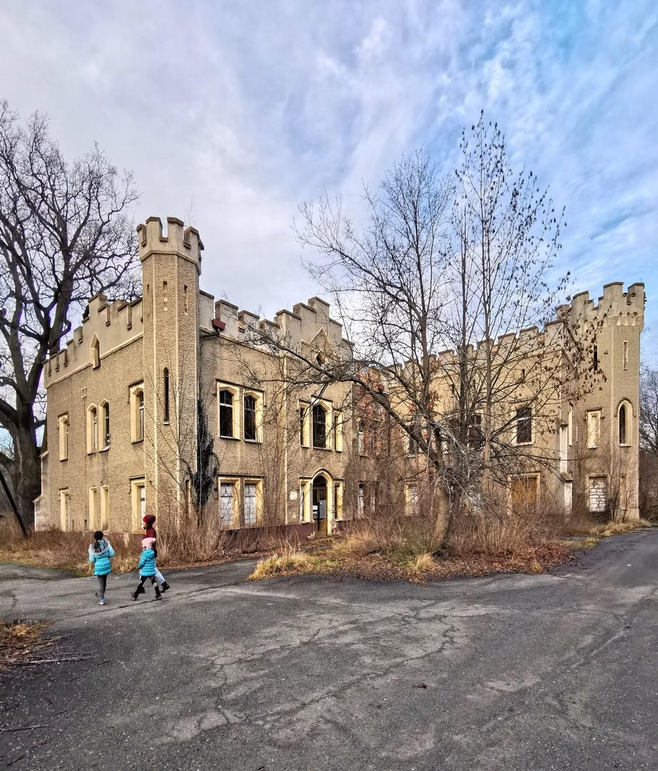 SilverMint park i pałac Szczodre
