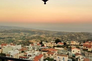 Cypr na własną rękę: jak znaleźć noclegi, przeloty, wynajem auta