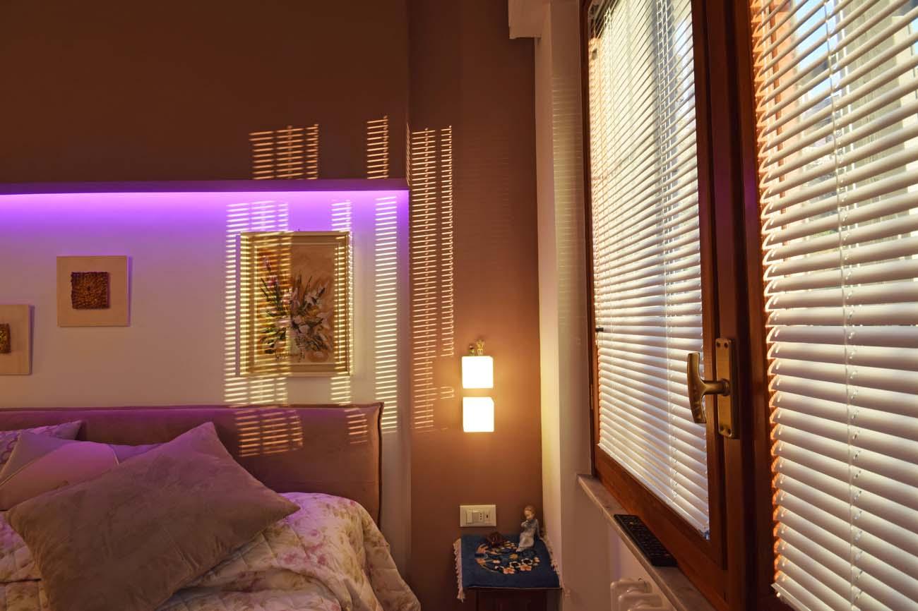 Linee contemporanee per una casa calda, una casa accogliente - architetto Roberto Silvestri