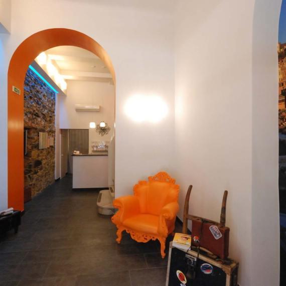 La ristrutturazione dell'Hotel Fiume a Genova, di Roberto