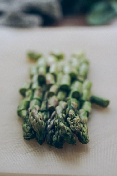 pesto-prawns-asparagus-pasta-01