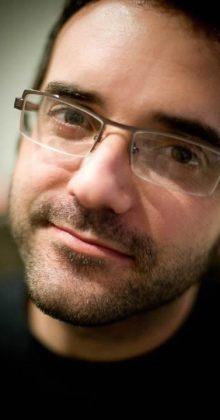 Adrián Hernán - Autor de Marea Muerta