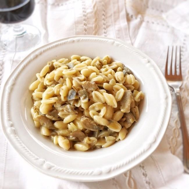 malloreddus con carciofi e pecorino, ricetta, sardegna,