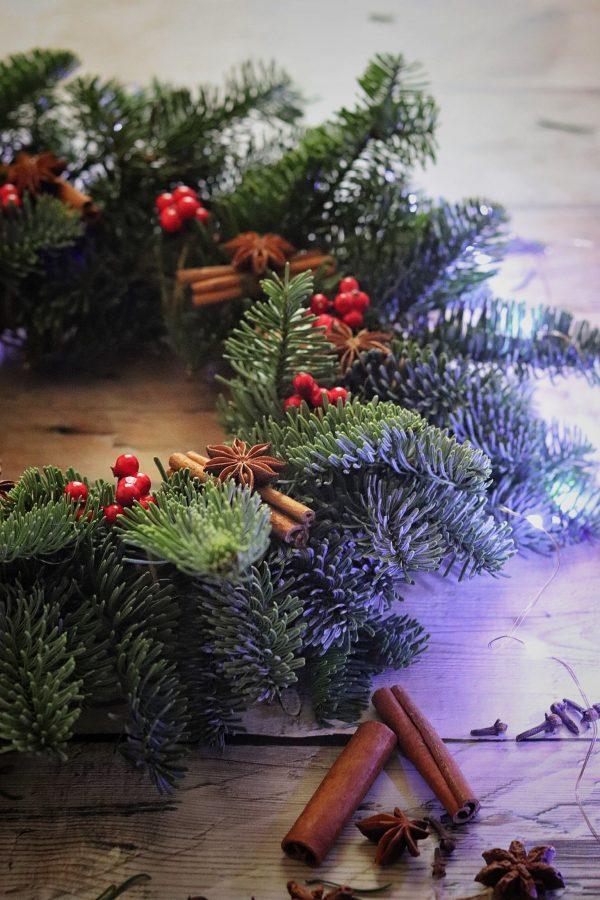 Ghirlanda natalizia al profumo di cannella e anice stellato