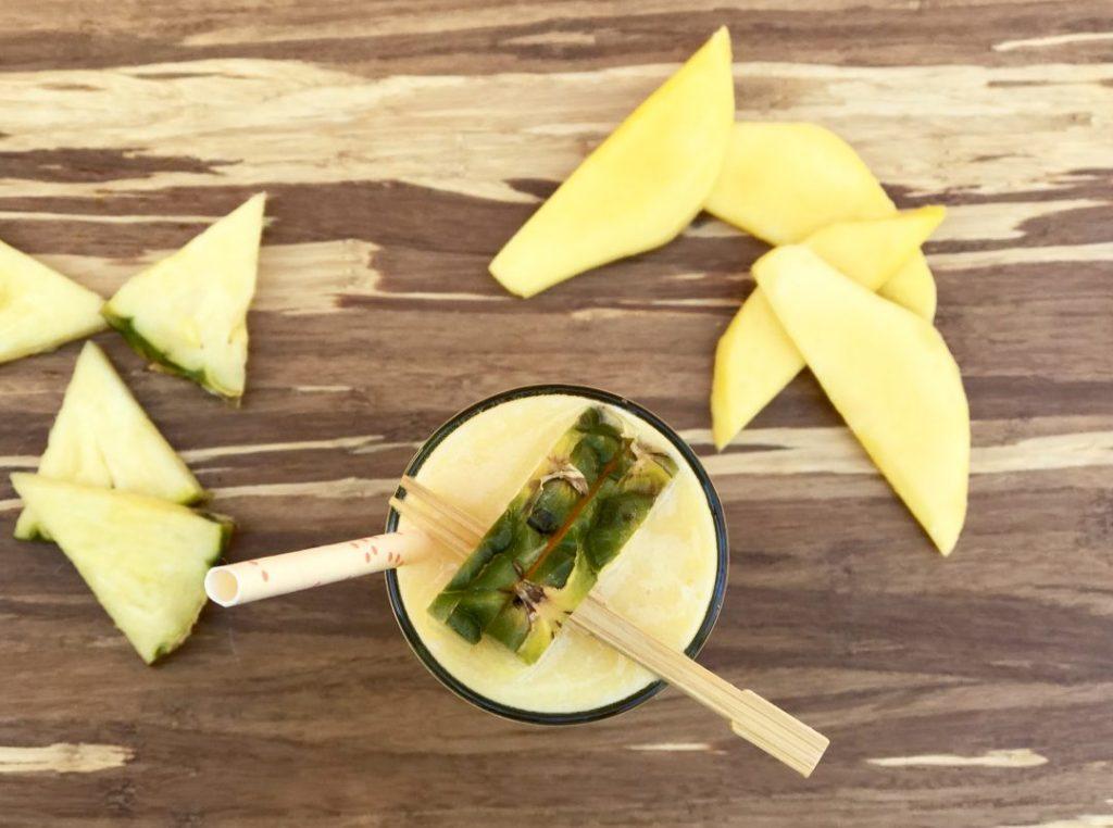 mango-pineapple protein smoothie