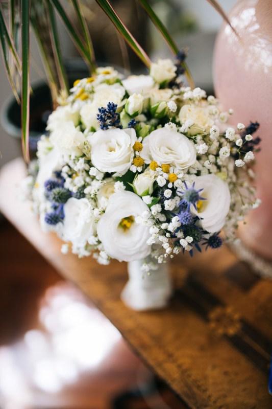 bouquet romanticolisianthus rose camomilla