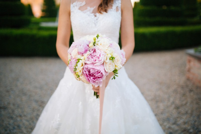 bouquet peonie rosa cipria romantico