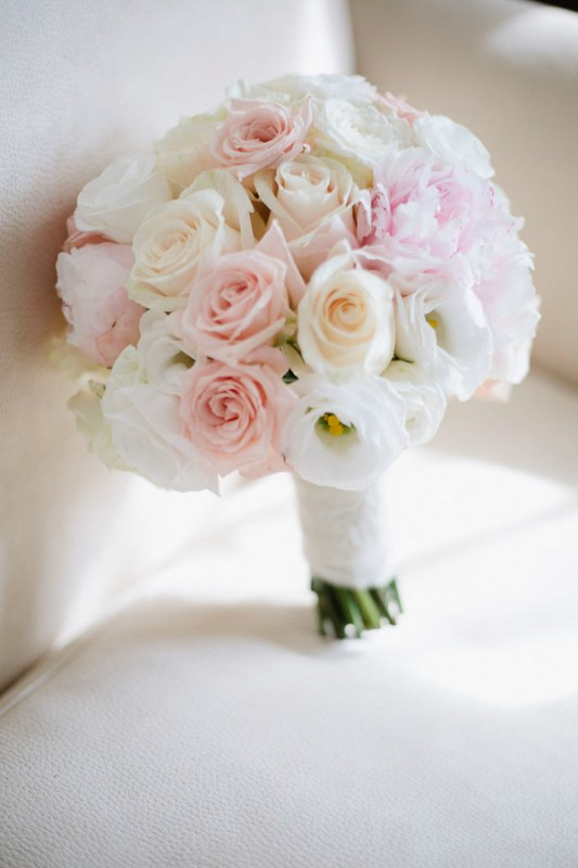 bouquet romantic boho rose lisianthus cipria