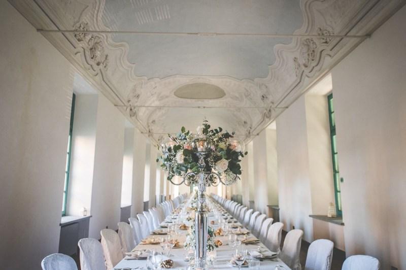Centrotavola matrimonio candelabro villa bria
