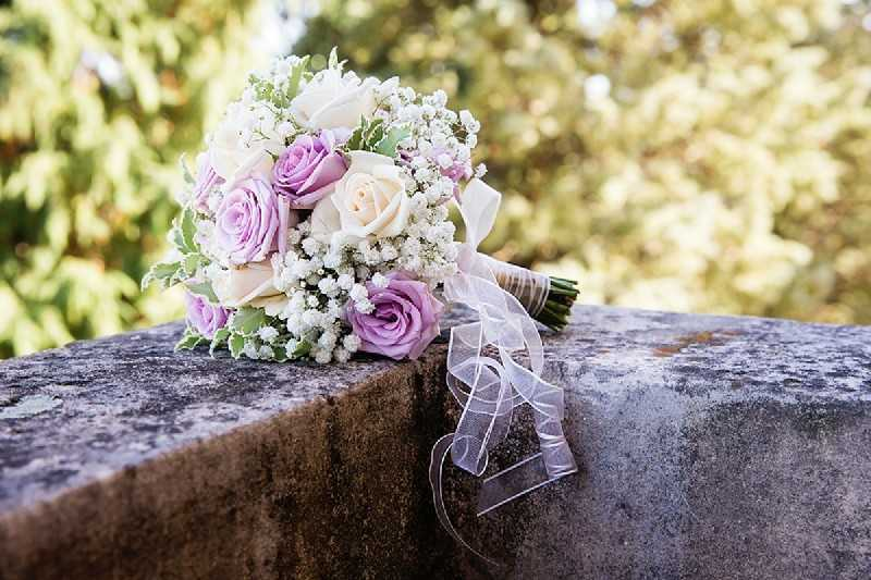 bouquet romantico rose glicine simmi