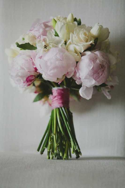 bouquet romantico rose ranuncoli cipria shabby chic simmi