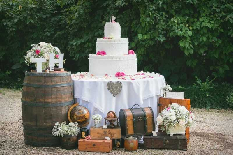 Wedding Cake Shabby Chic al castello di Pralormo - PH Whiteink: