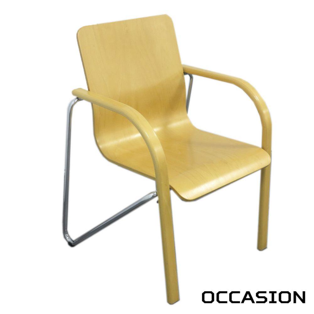 chaise empilable en bois