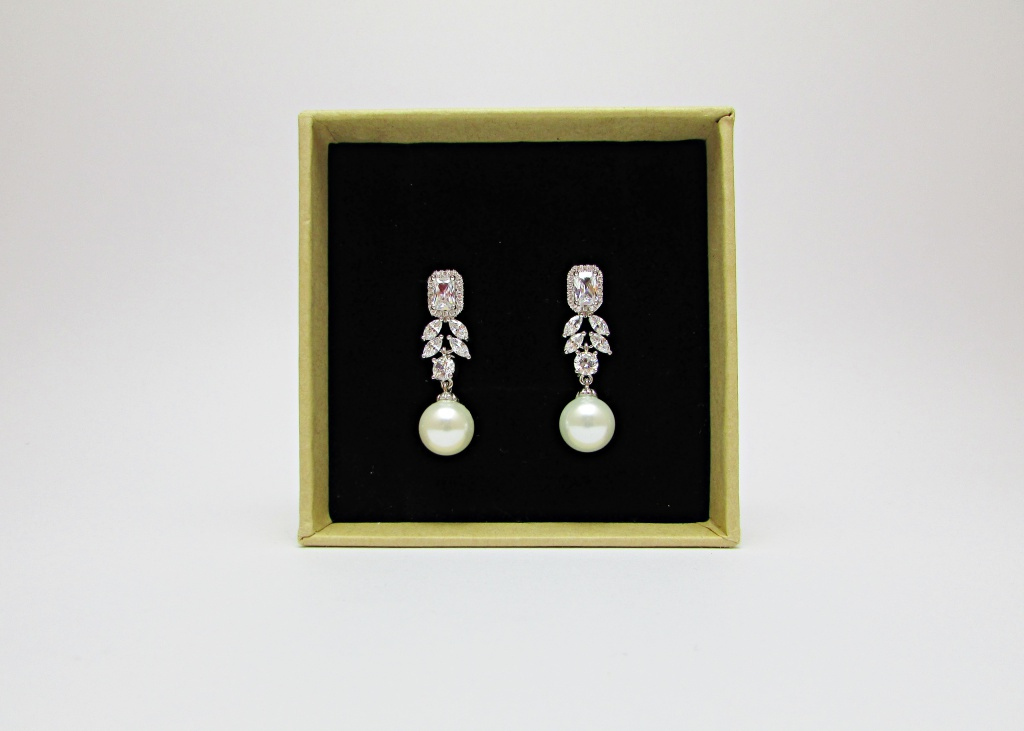 ARYANA Bridal Drop Earrings