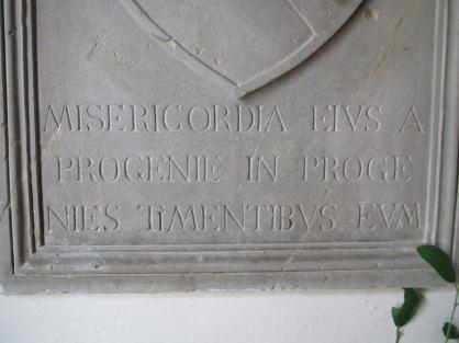 Particolare delle scritte dello scudo originale