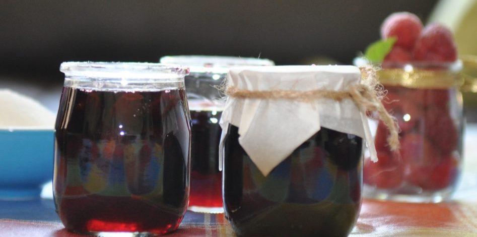 Cerises au vin rouge épices Holveck GettyImages-678703390